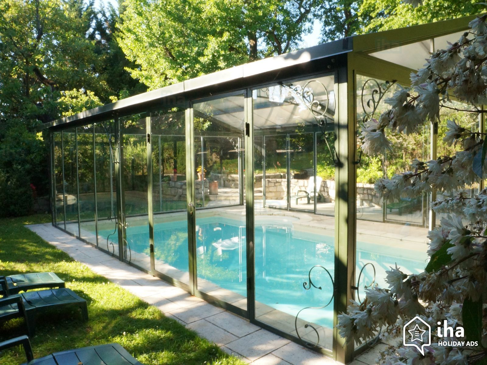 Bed And Breakfast For Rent In A Monastery concernant Piscine Chartreux