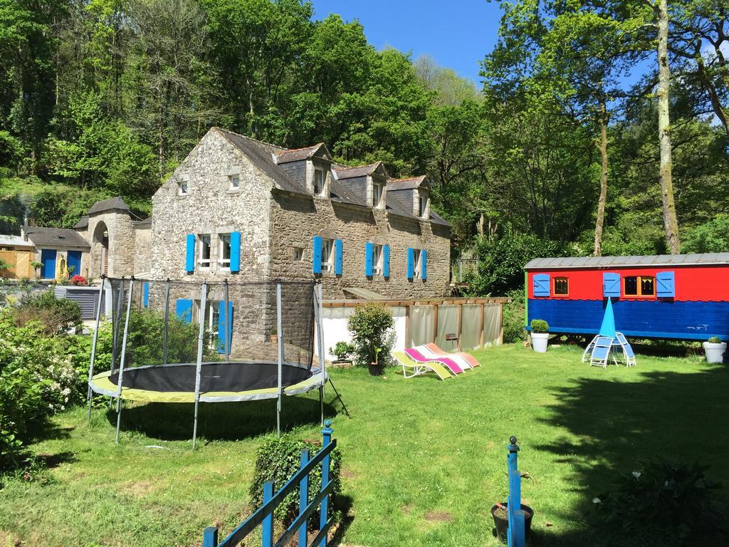Bed And Breakfast Le Moulin Du Bois, Berric, France ... serapportantà Piscine Moulin A Vent
