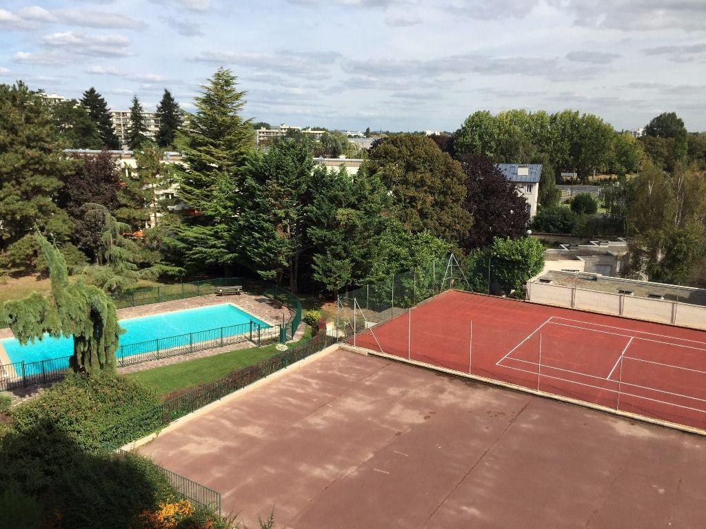 Bel Appartement 3 Pièces Avec Balcon Piscine Tennis Dans Une ... tout Piscine Le Pecq