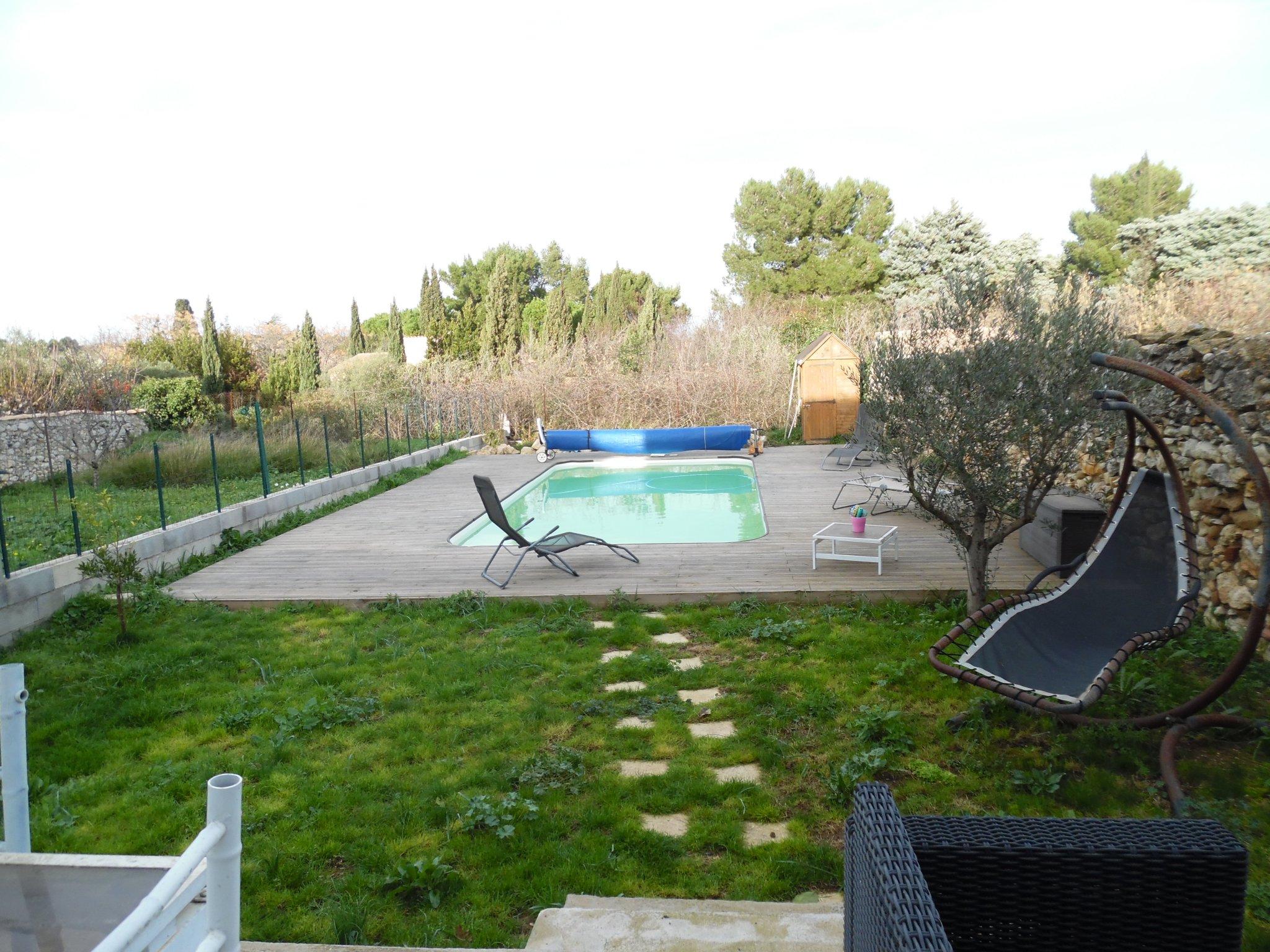 Belle Villa De Type Iv Sur 2 Niveaux Avec Garage, Située Hors Lotissement  Avec Piscine, Le Calme Au Centre Du pour Piscine Fleury D Aude