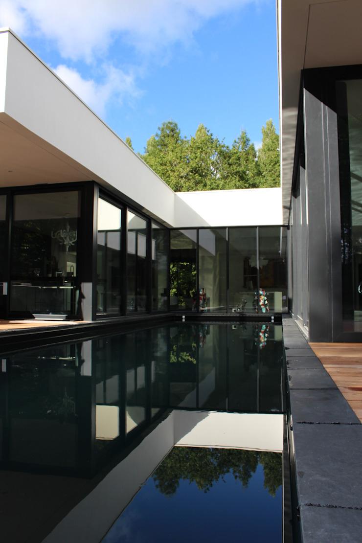 Black And White Par Am Architecture | Homify destiné Piscine Rezé