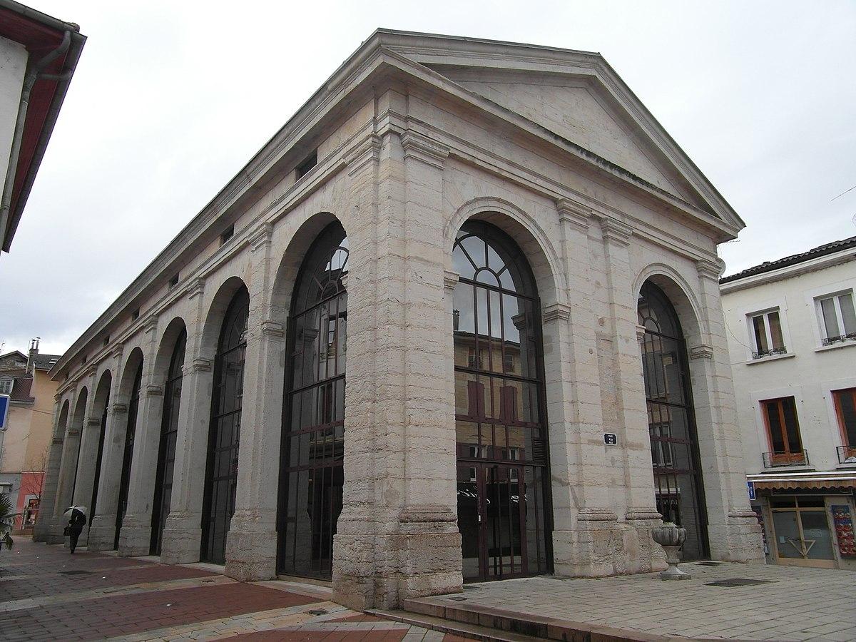 Bourgoin-Jallieu — Wikipédia serapportantà Piscine Bourgoin Jallieu