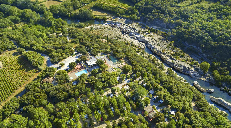 Camping 4 Étoiles Dans Le Gard | Locations Et Vacances Dans ... intérieur Camping Aude Avec Piscine