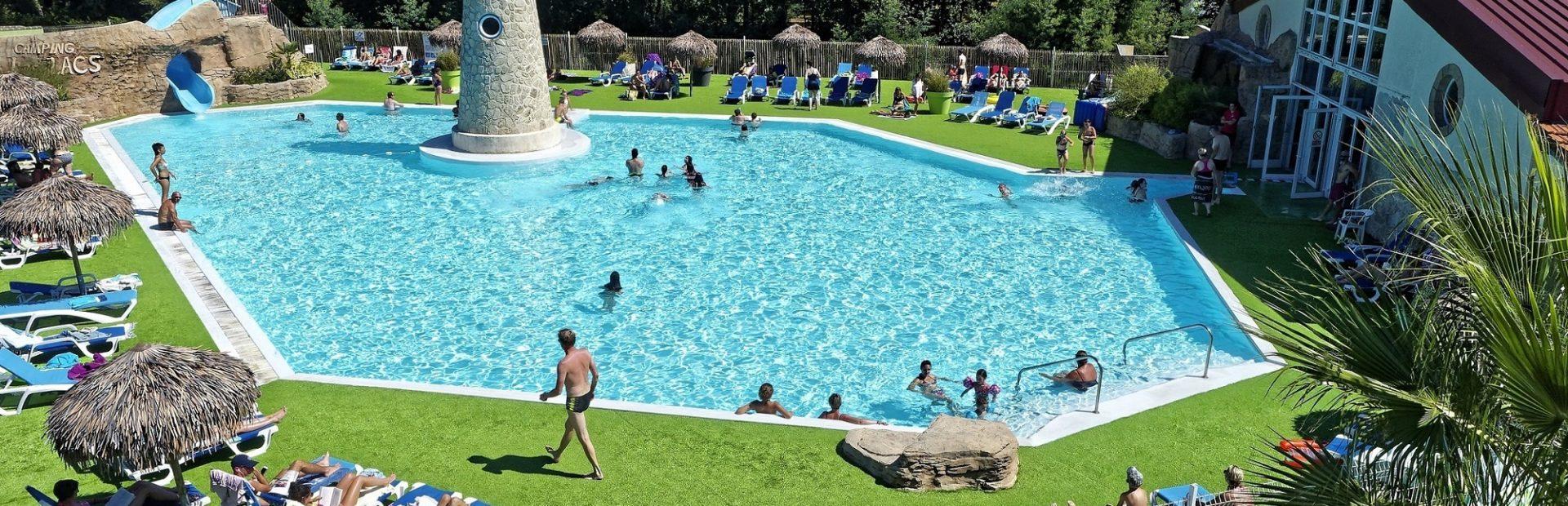 Camping 5 Étoiles En Aquitaine - Camping Les Lacs serapportantà Centre Aquatique Des Hauts De Bayonne Piscine Bayonne