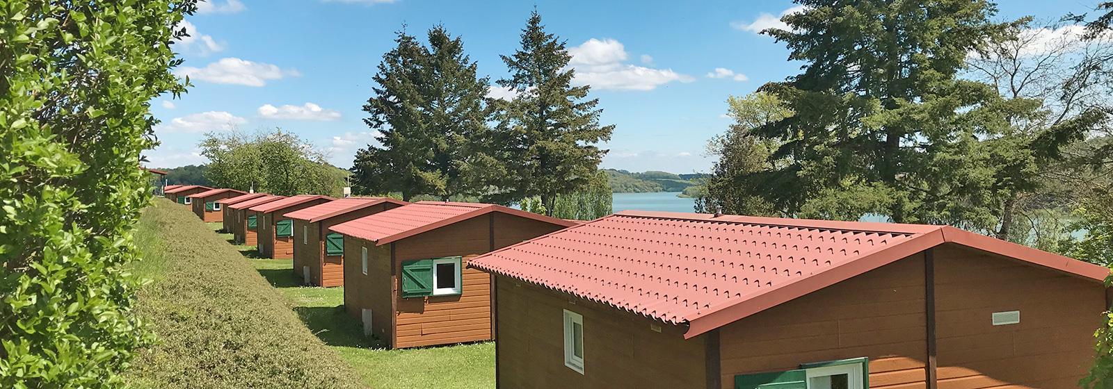 Camping 5 Étoiles En Champagne - Camping De La Liez Au Bord ... destiné Camping A La Ferme Avec Piscine