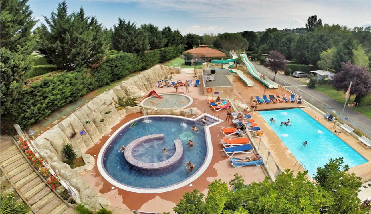 Camping Auvergne 4 Étoiles ¤ Parc Aquatique ¤ Clermont-Ferrand destiné Camping En Auvergne Avec Piscine