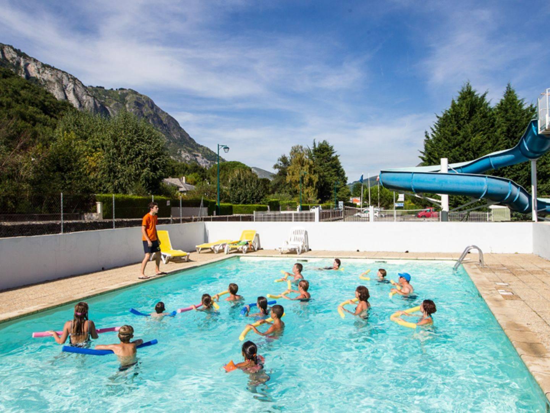 Camping Avec Piscine À Argeles Gazost Dans Les Hautes ... à Camping Pyrénées Avec Piscine