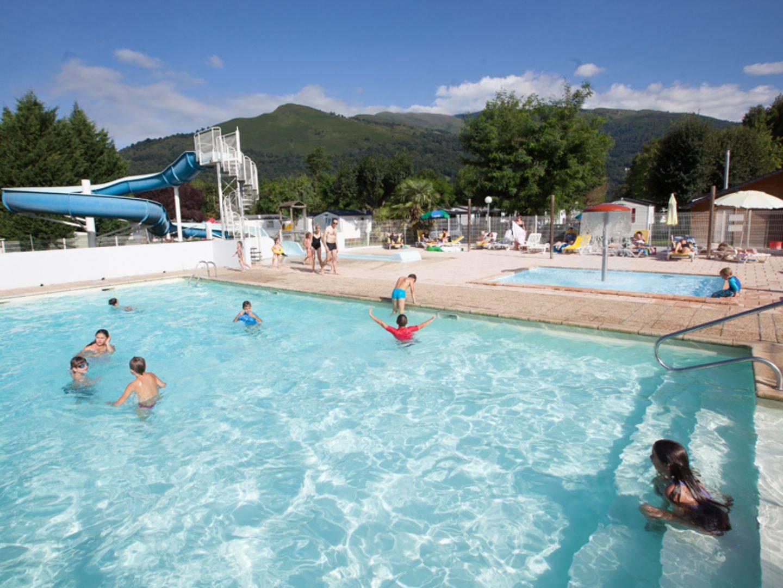 Camping Avec Piscine À Argeles Gazost Dans Les Hautes ... concernant Camping Pyrénées Avec Piscine