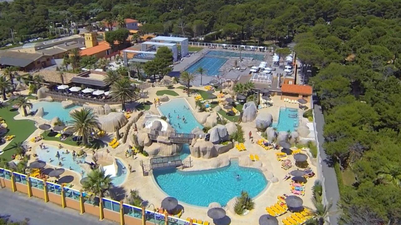 Camping Canet En Roussillon | Le Brasilia 5* | 5 Étoiles ... encequiconcerne Camping Bord De Mer Mediterranee Avec Piscine