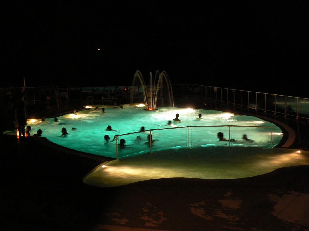Camping Concarneau Piscine Nocturne - ᐃ Les Sables Blancs ... dedans Piscine Concarneau Horaires