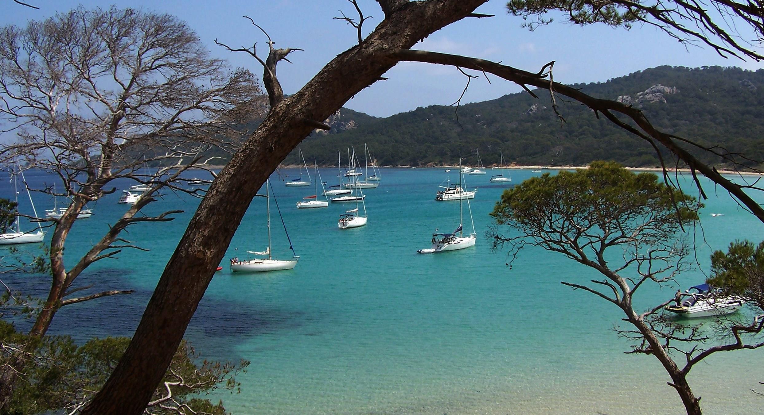 Camping Cote D'azur Bord De Mer Piscine - Camping Direct destiné Camping Bord De Mer Mediterranee Avec Piscine