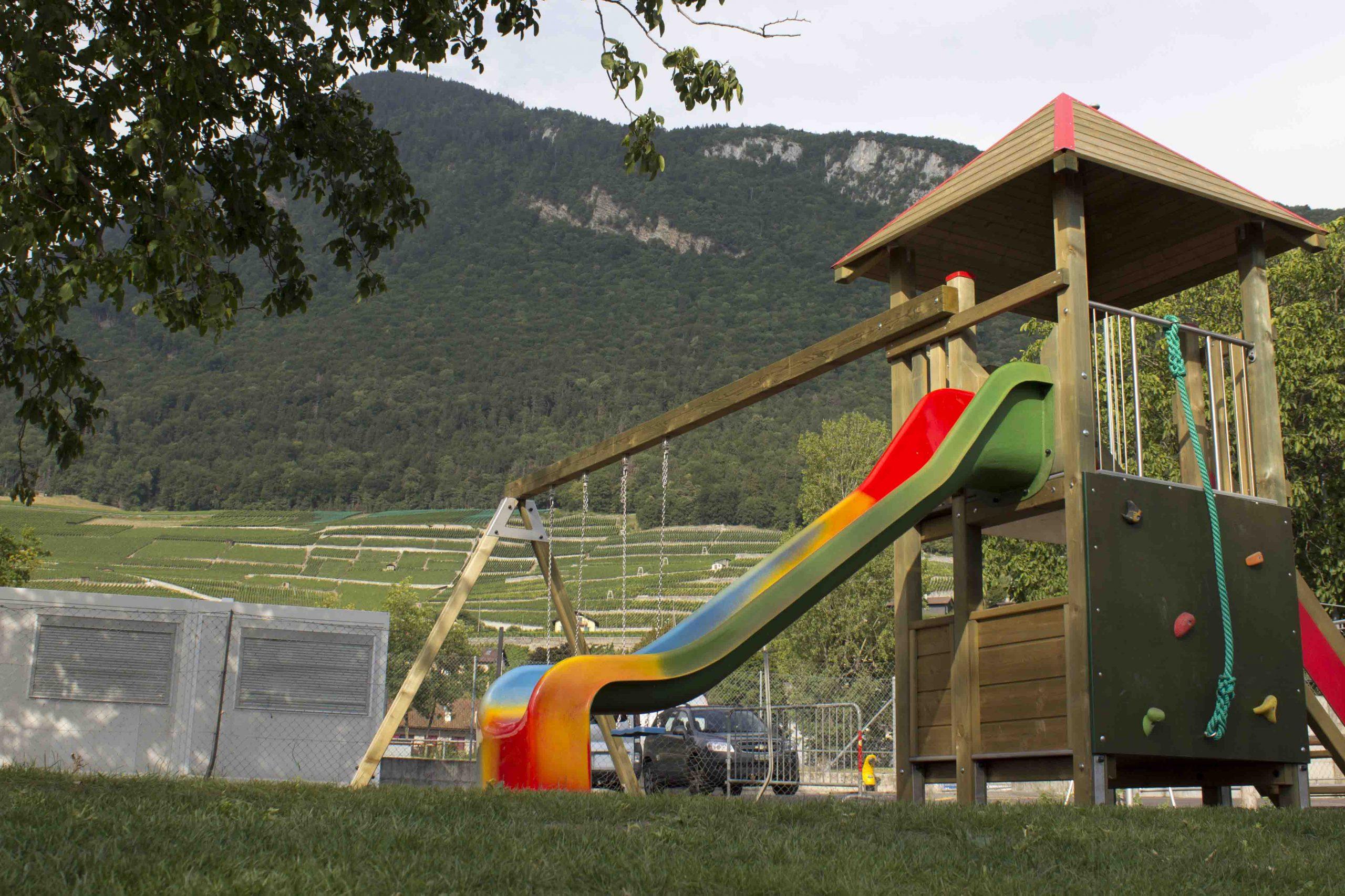 Camping De La Piscine | Le Camping Est Situé À Aigle En ... pour Piscine De L Aigle