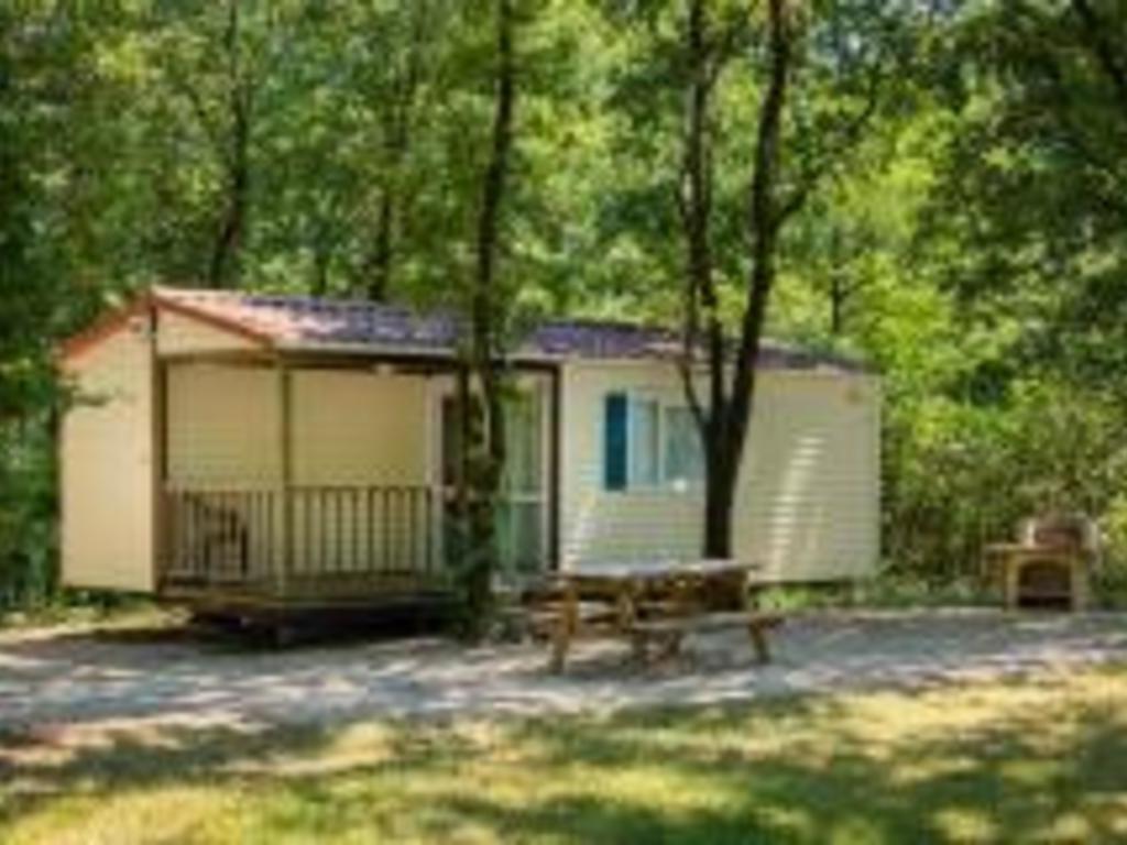 Camping Domaine De Miraval - Belleserre > 6 Mobil Homes Dès ... encequiconcerne Camping Aude Avec Piscine