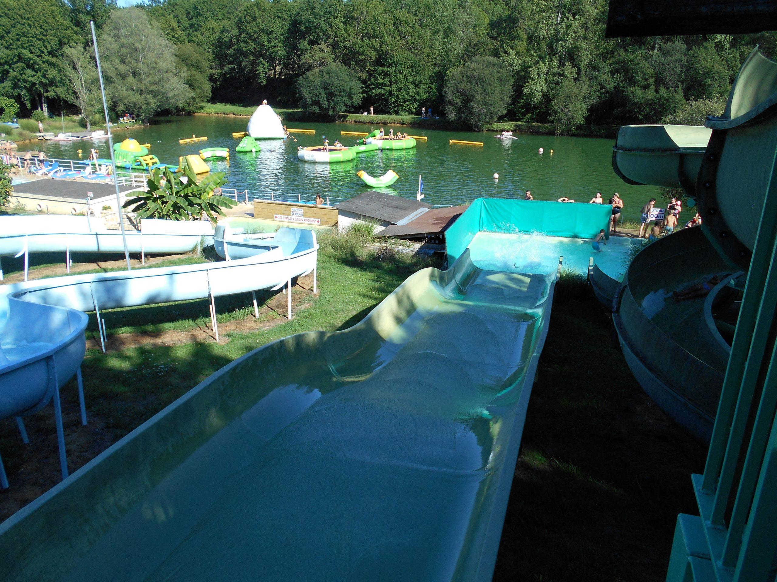 Camping Dordogne Avec Toboggans Aquatiques - Camping Aux ... tout Camping Dordogne Avec Piscine Et Toboggan