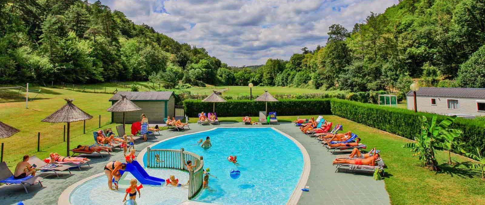 Camping Dordogne Perigord Noir | Vacances Camping En ... avec Location Dordogne Piscine