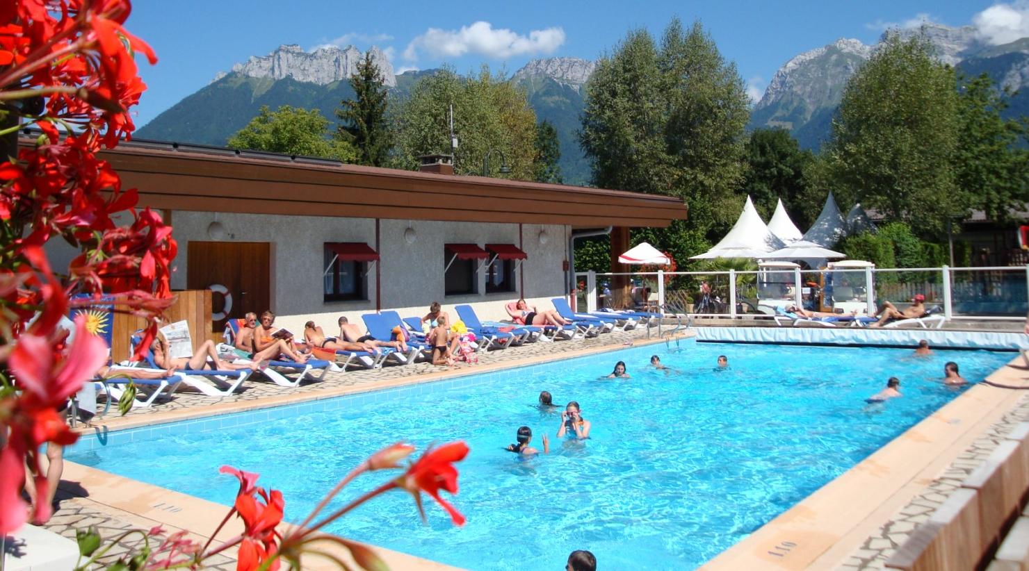 Camping Europa : Camping Piscine Annecy En Haute Savoie ... concernant Camping Annecy Piscine