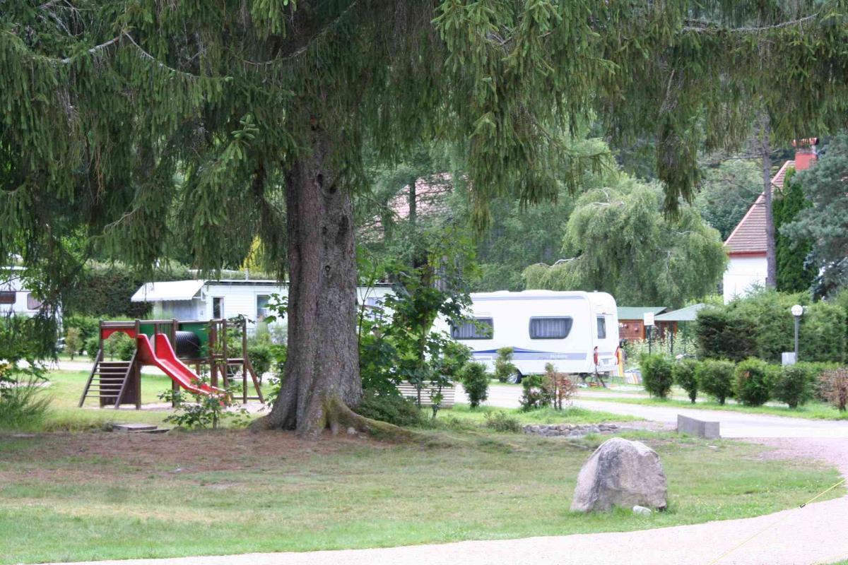 Camping Gérardmer : 5 Campings Et 76 Aux Alentours - Toocamp tout Camping Gérardmer Avec Piscine