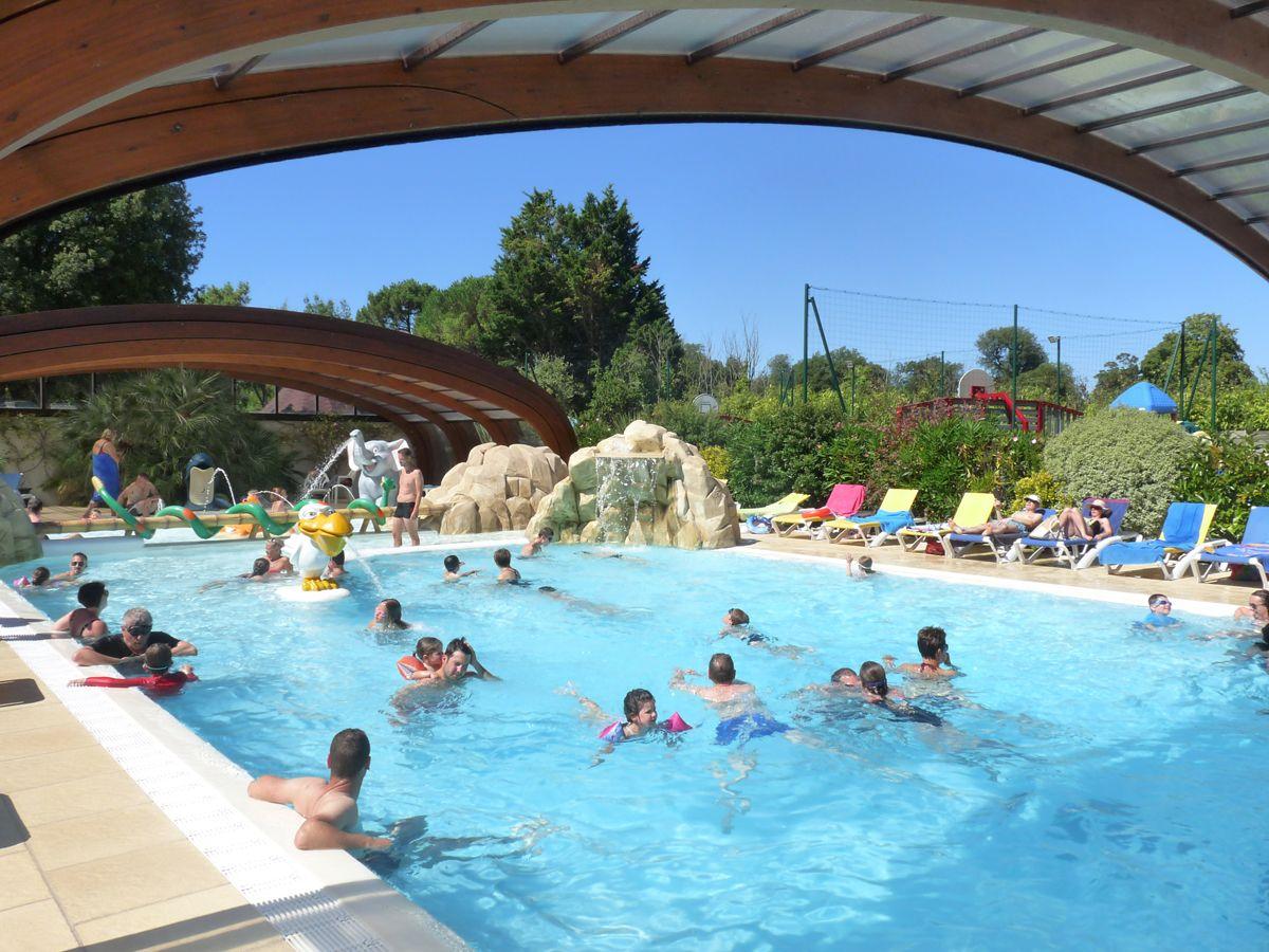 Camping Ile De Ré Espace Aquatique - ᐃ La Grainetiere ... serapportantà Camping La Rochelle Avec Piscine