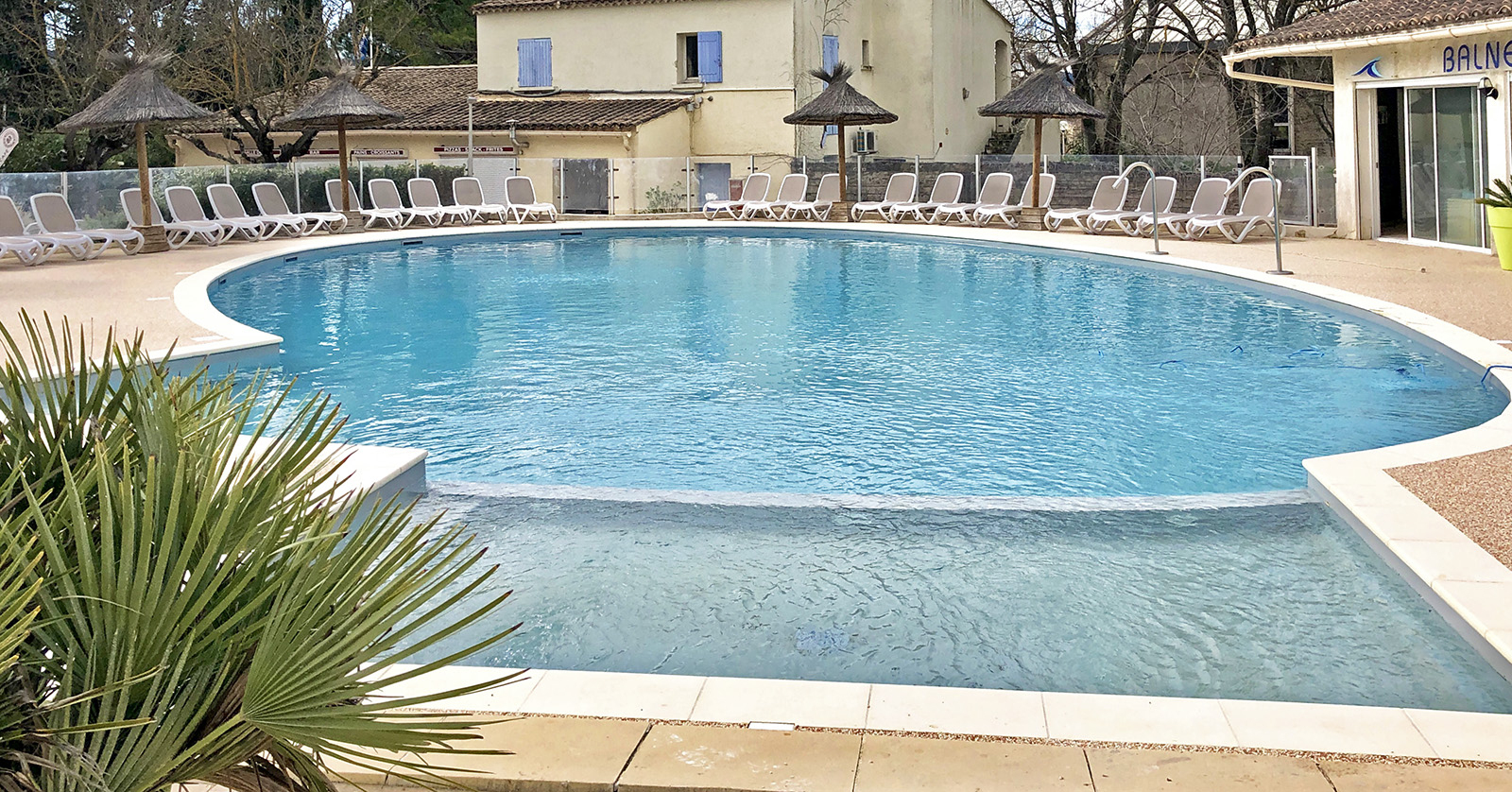 Camping In St Remy At Mas De Nicolas - Perfectly Provence encequiconcerne Piscine Cognac