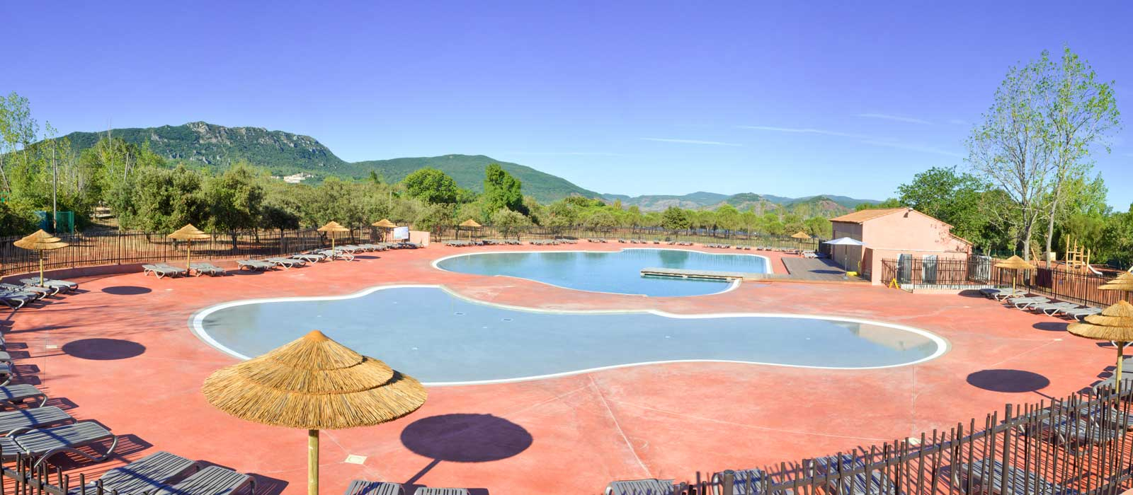 Camping Lake Salagou - Campsite Clermont L'hérault 4 Stars Pool tout Piscine Clermont L Hérault