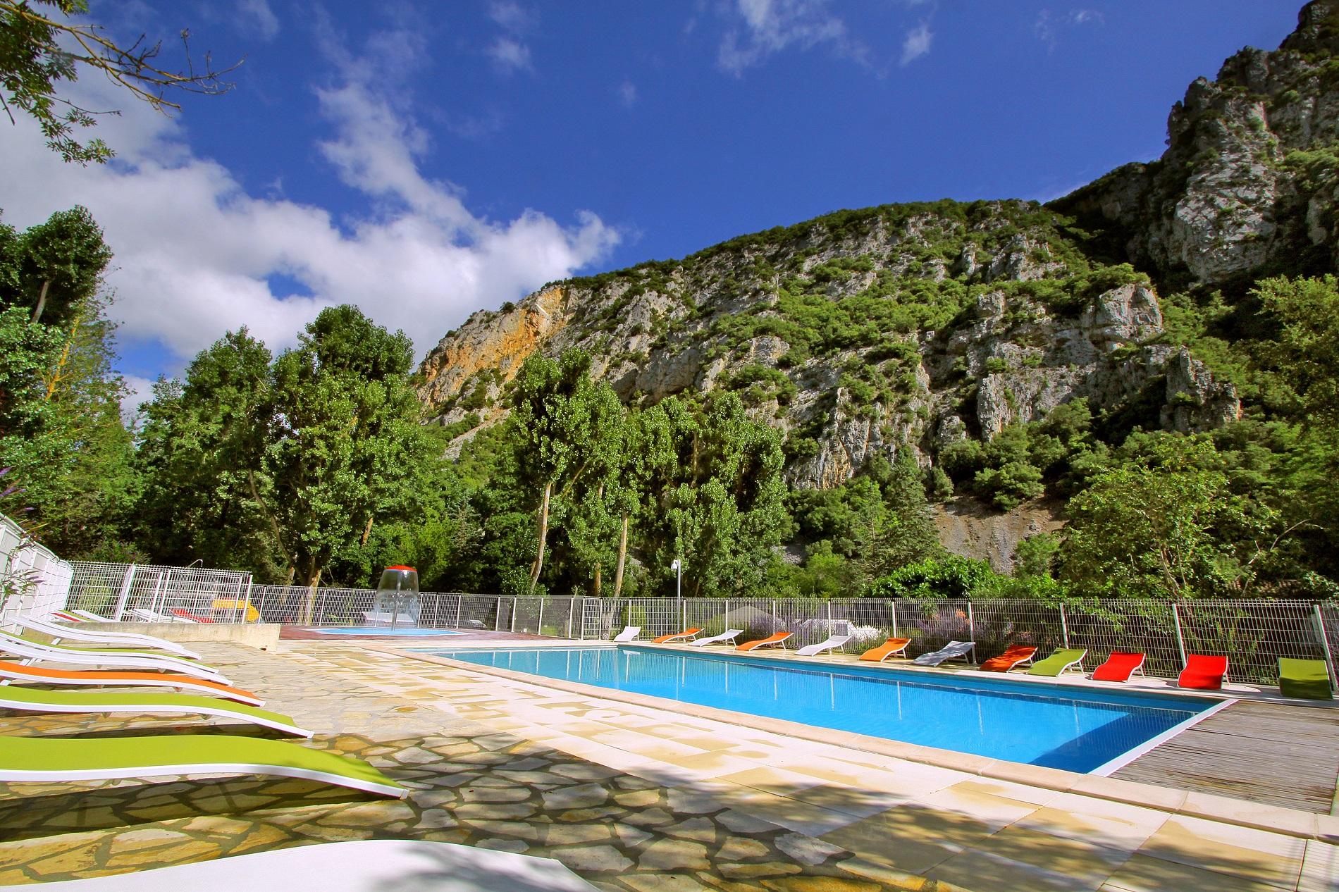 Camping Languedoc-Roussillon Bord De Mer - Camping Aude Midi ... tout Camping Aude Avec Piscine