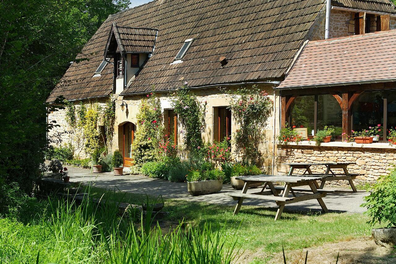 Camping Le Moulin Du Roch, Saint-André-D'allas – Updated ... serapportantà Piscine La Cote Saint André