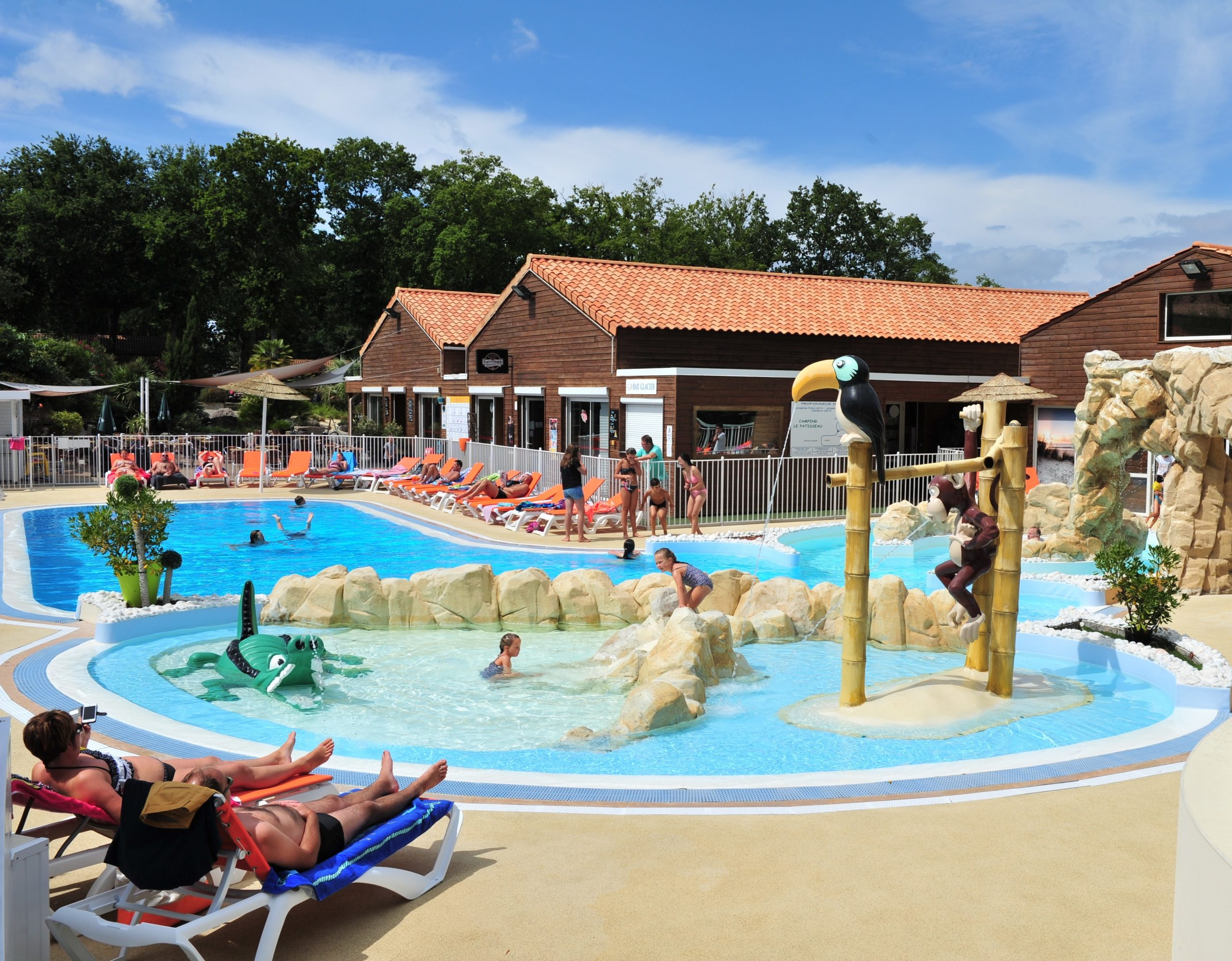 Camping Le Patisseau, 4*, Ic, Atlantique Nord, France ... tout Leclerc Piscine Gonflable