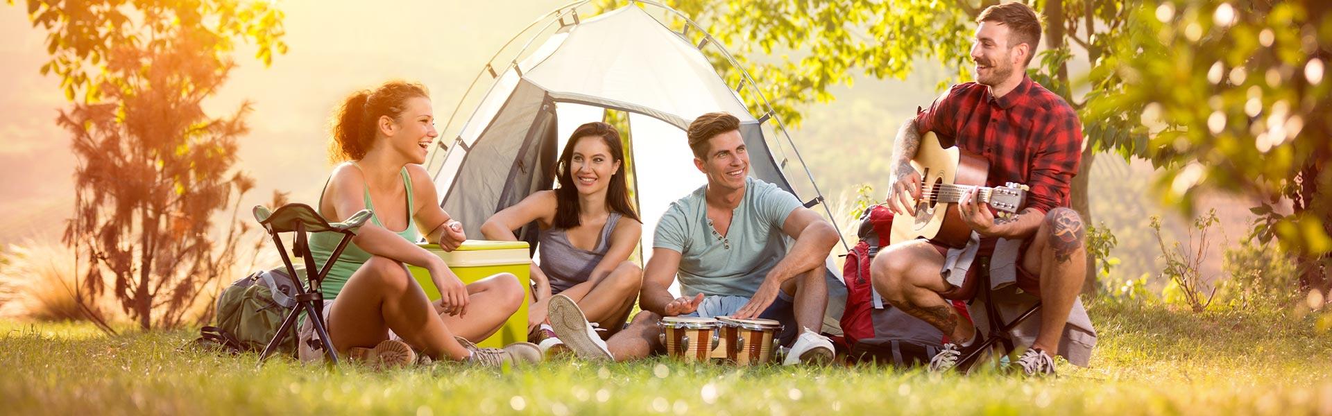 Camping Le Petit Bois - Camors - Morbihan destiné Camping Golf Du Morbihan Avec Piscine