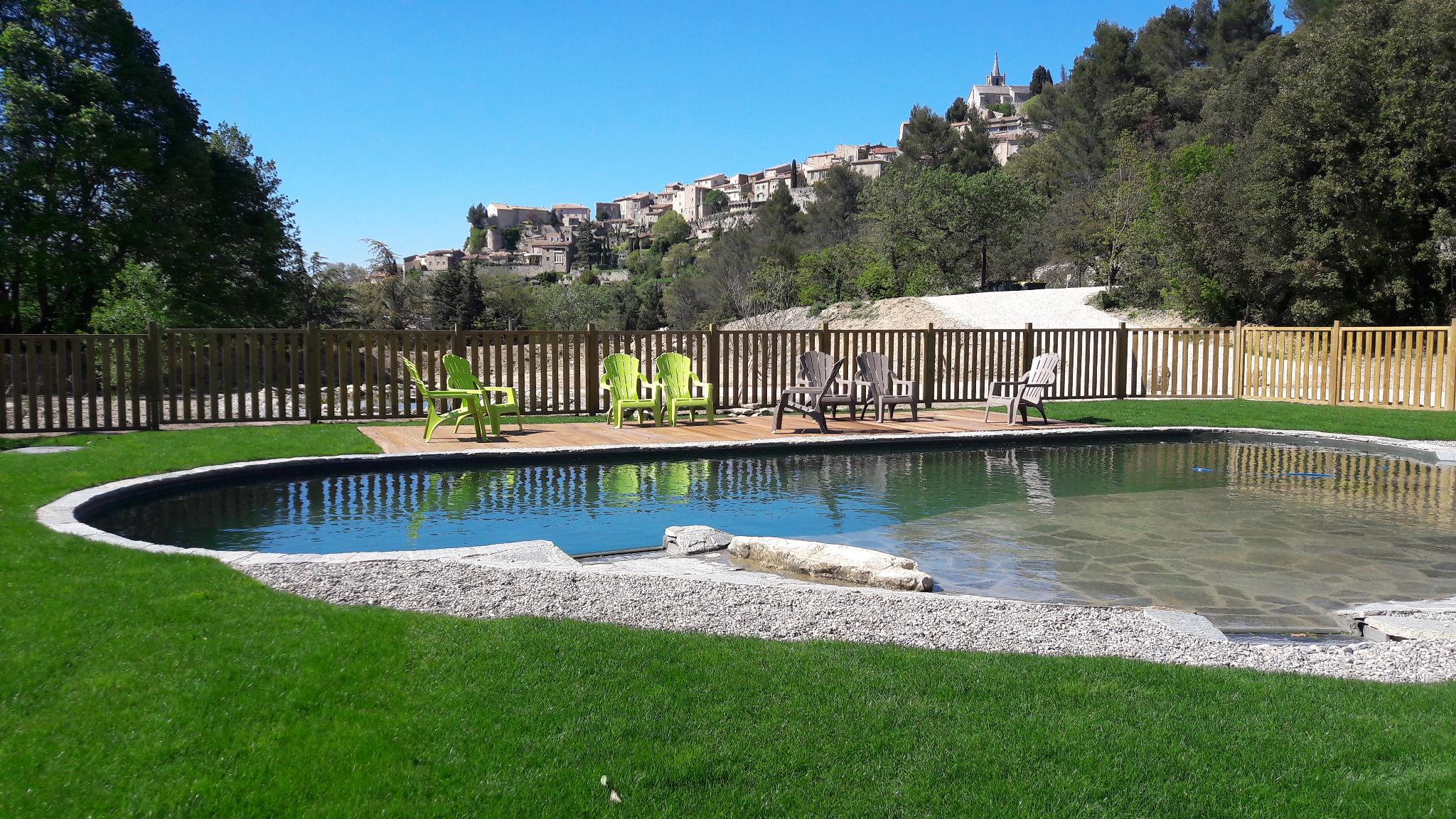Camping Le Vallon À Bonnieux, Luberon En Provence pour Camping Lubéron Avec Piscine