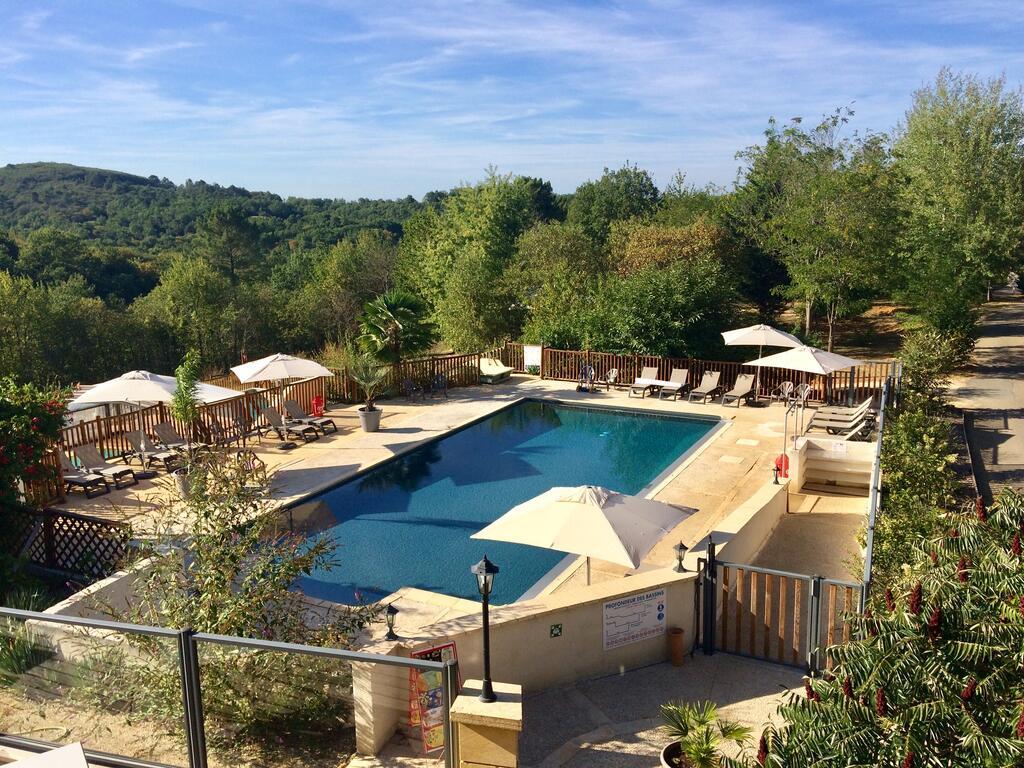 Camping Les Charmes (Fransa Saint-André-D'allas) - Booking concernant Camping Rocamadour Avec Piscine