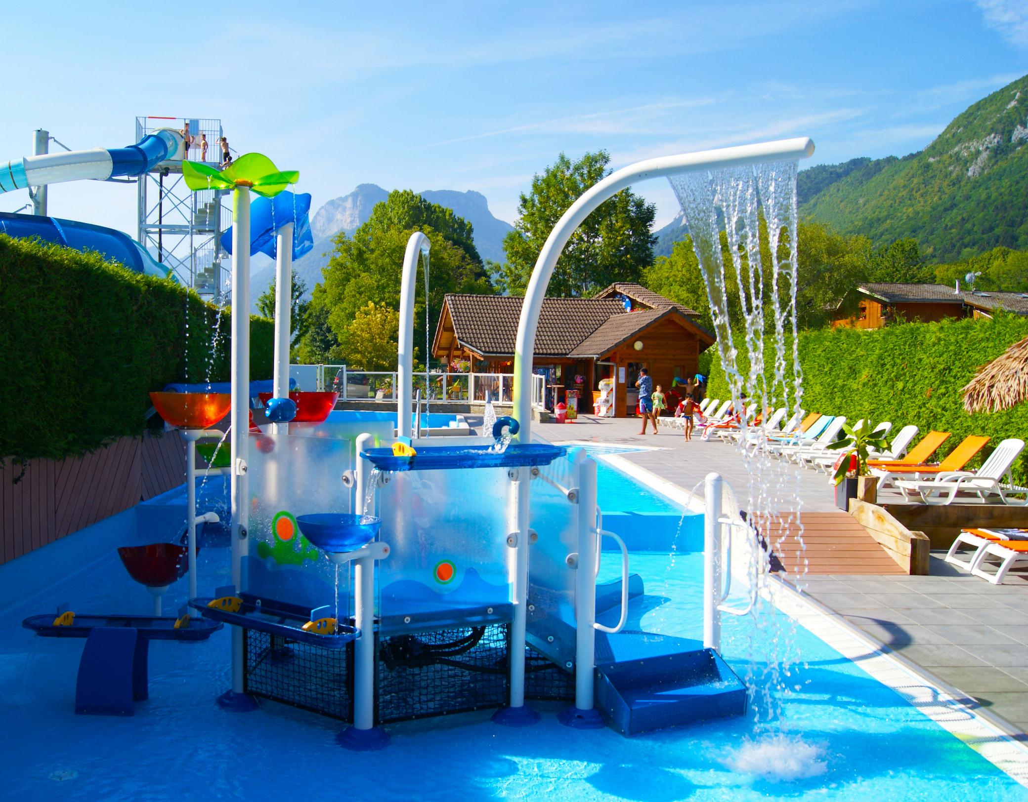 Camping Les Fontaines - Savoie Mont Blanc (Savoie Et Haute ... concernant Piscine Amphion