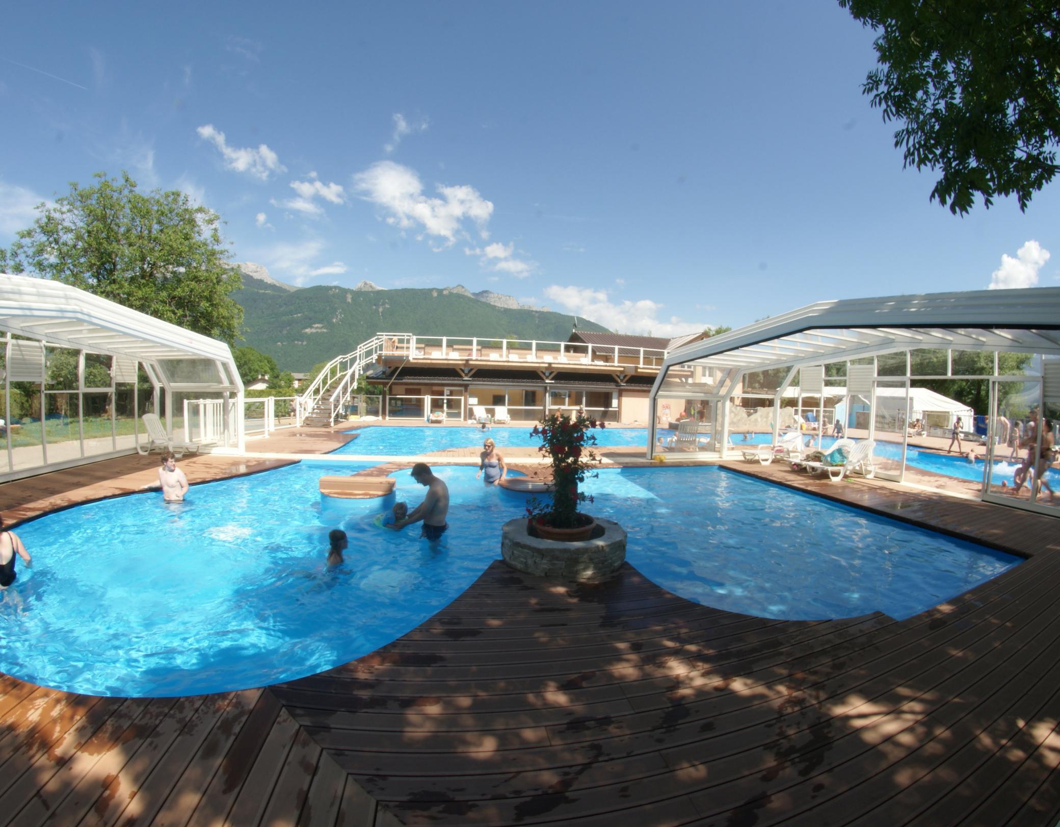 Camping Les Fontaines - Savoie Mont Blanc (Savoie Et Haute ... intérieur Piscine Bassens
