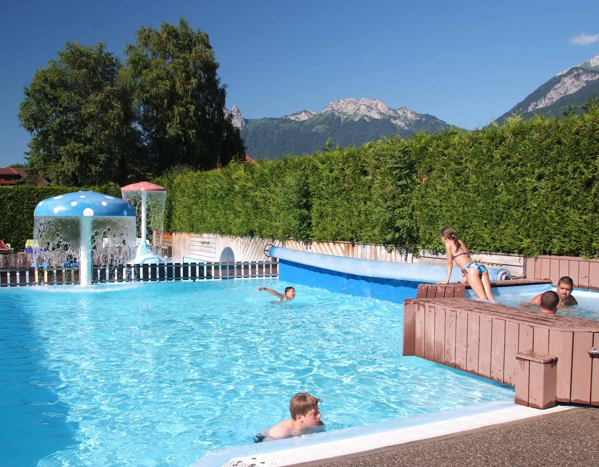 Camping Les Fontaines - Savoie Mont Blanc (Savoie Et Haute ... pour Piscine Amphion