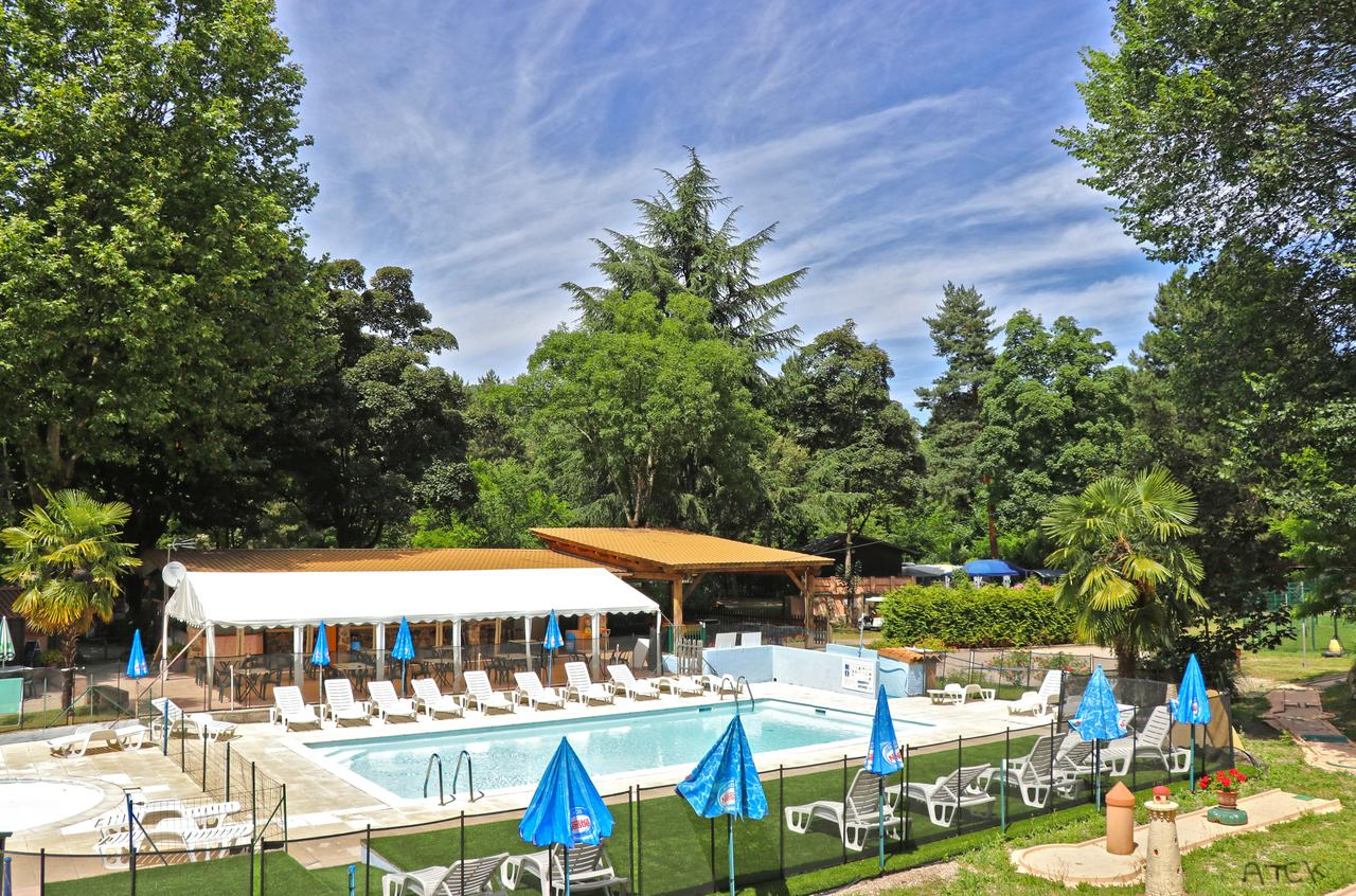Camping Les Sables, Tournon-Sur-Rhône, France - Booking avec Camping Isère Avec Piscine