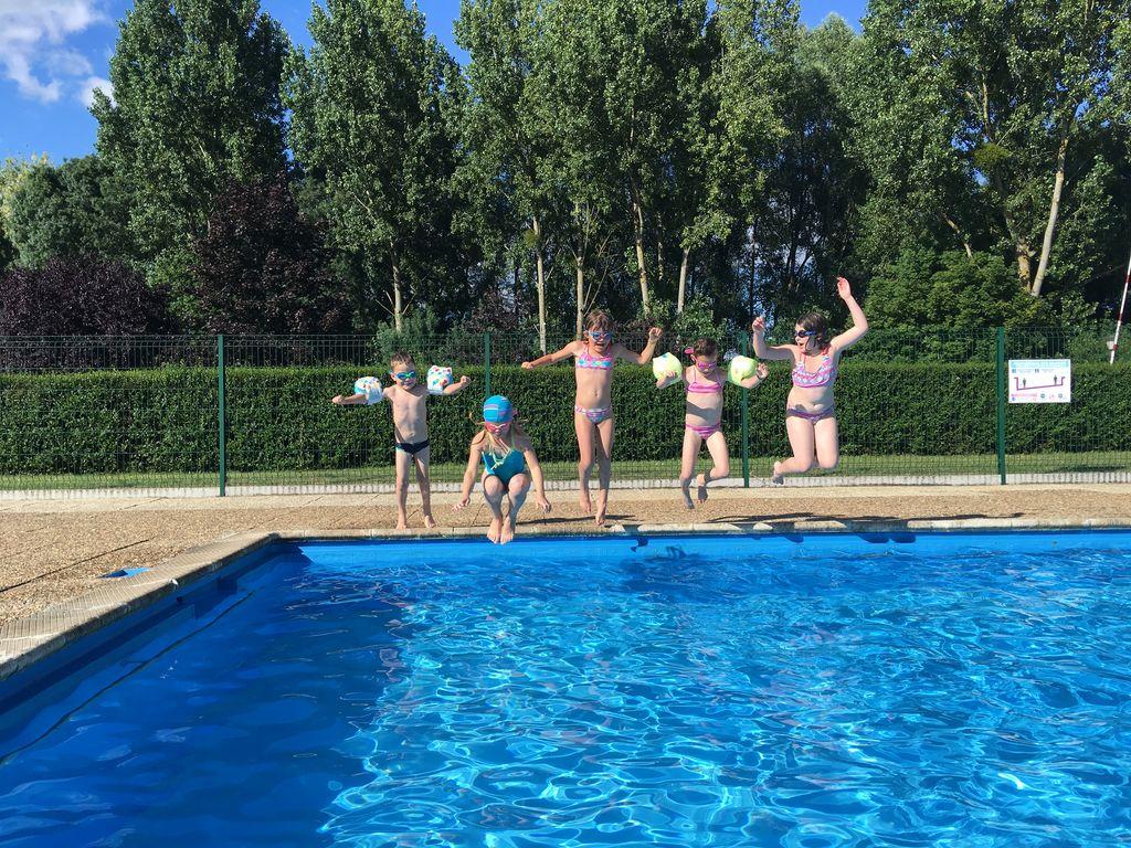 Camping Moredena, Morannes Sur Sarthe-Daumeray concernant Piscine Beaupreau