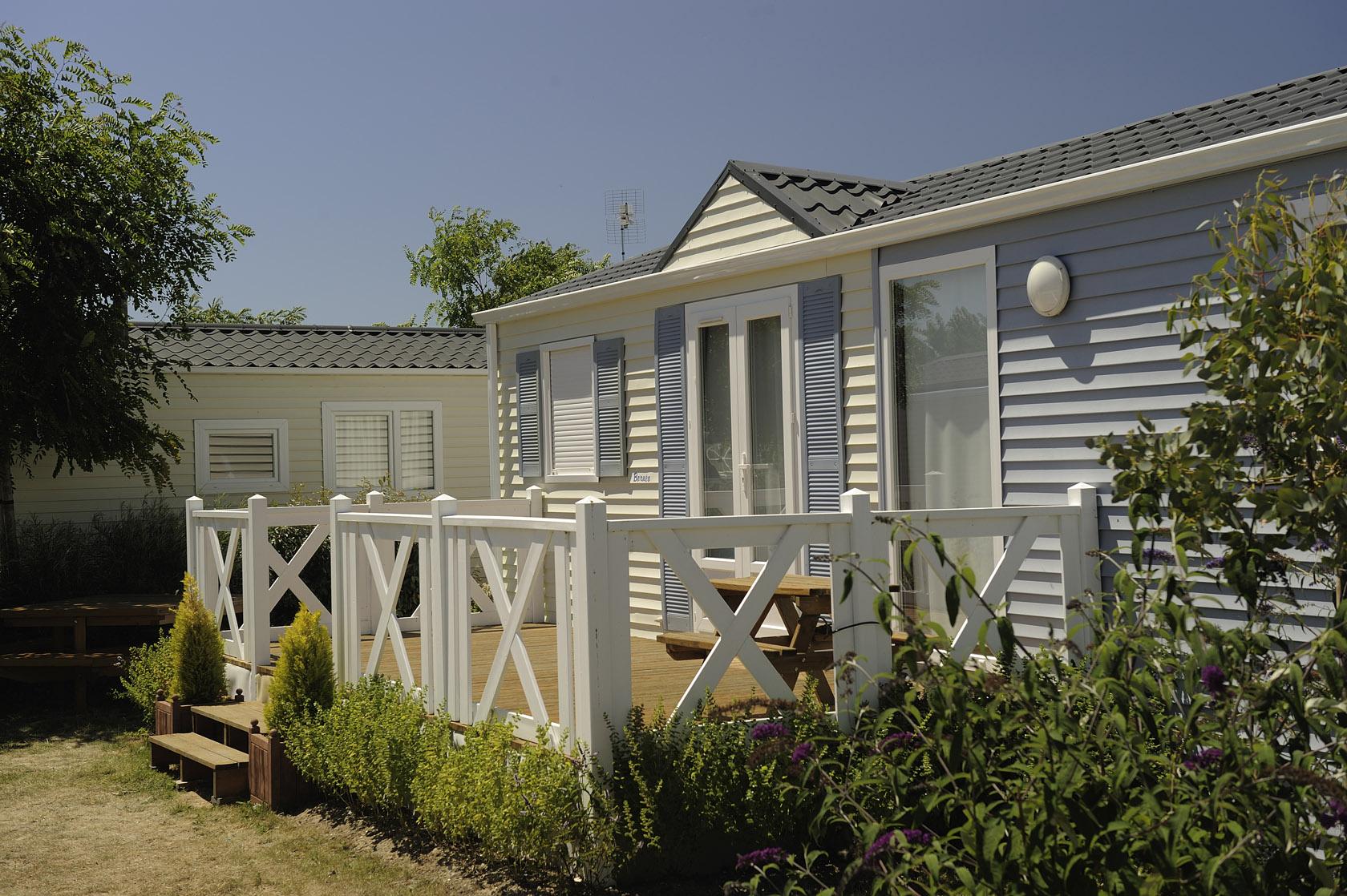 Camping Parc Aquatique Boufféré - Camping 4 Étoiles Les ... serapportantà Piscine Boufféré