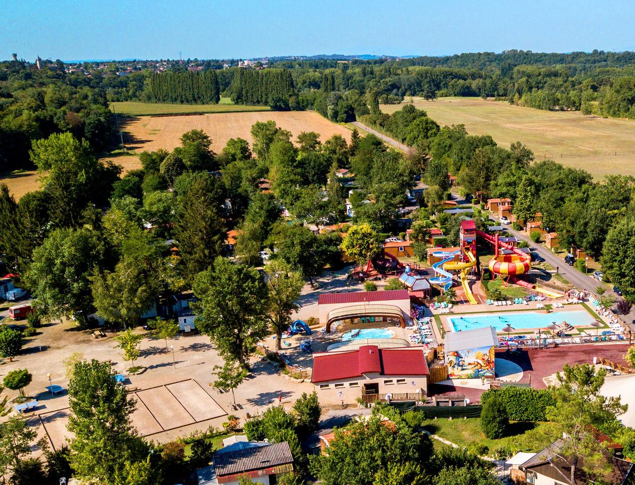 Camping Regnière À Villette D'anthon, Rhône Alpes, Camping Lyon pour Camping Isère Avec Piscine