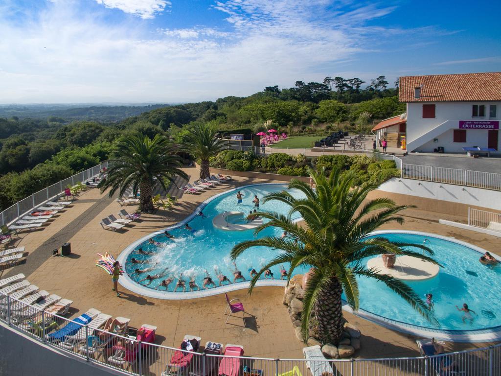 Camping Sunissim Erreka By Locatour, Bidart, France ... concernant Camping Biarritz Avec Piscine