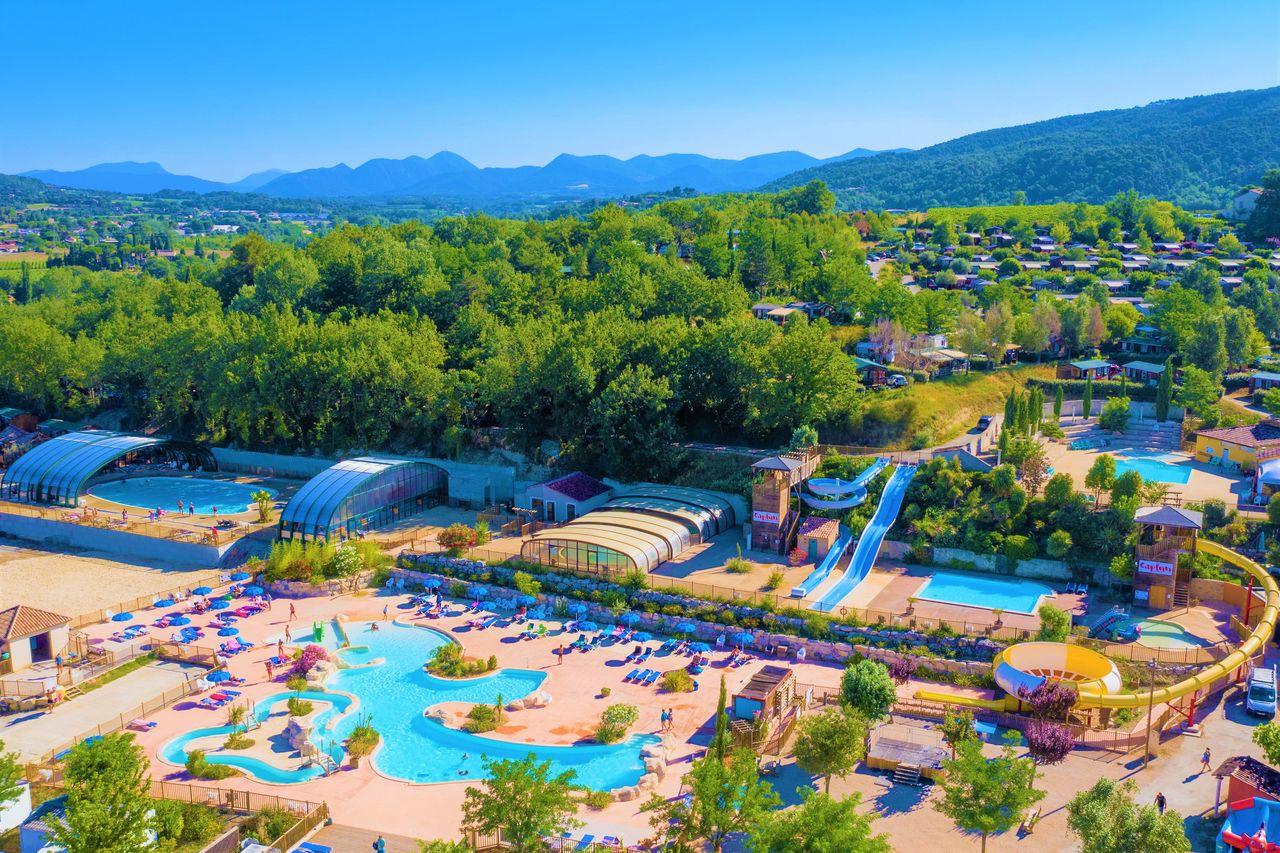 Campings En Provence serapportantà Camping Lubéron Avec Piscine