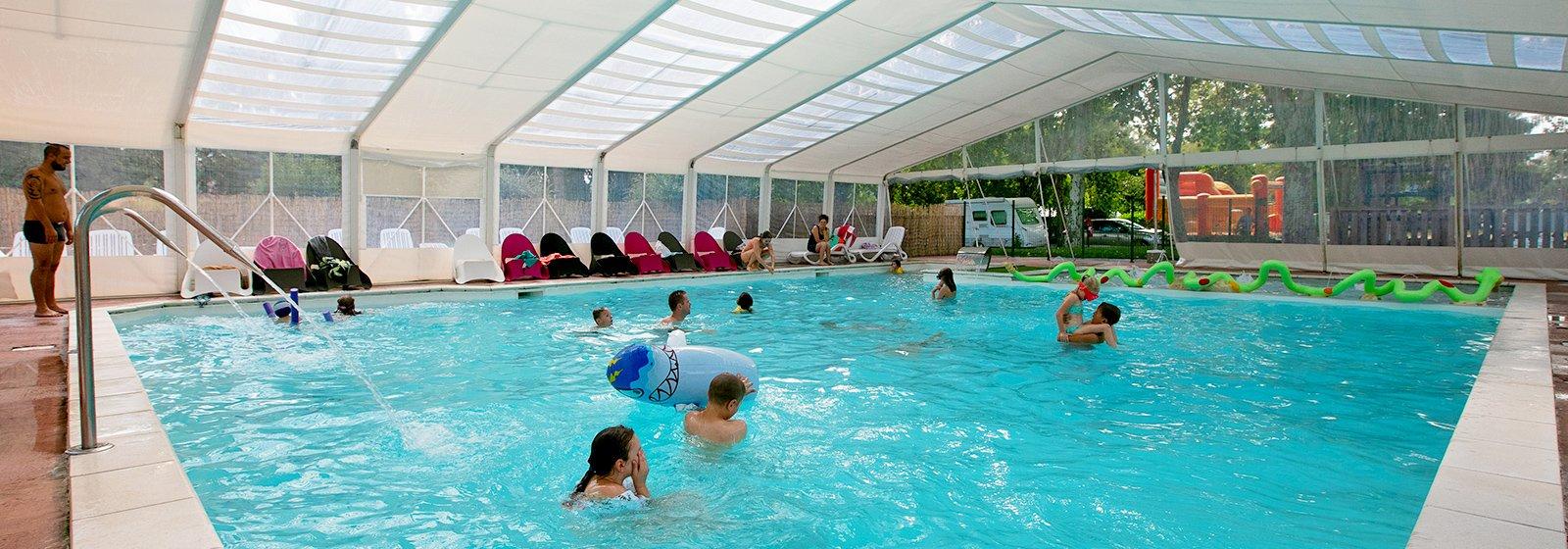 Campsite 3 Stars Paris - Camping Seine Et Marne - La Belle ... intérieur Piscine De Moret Sur Loing