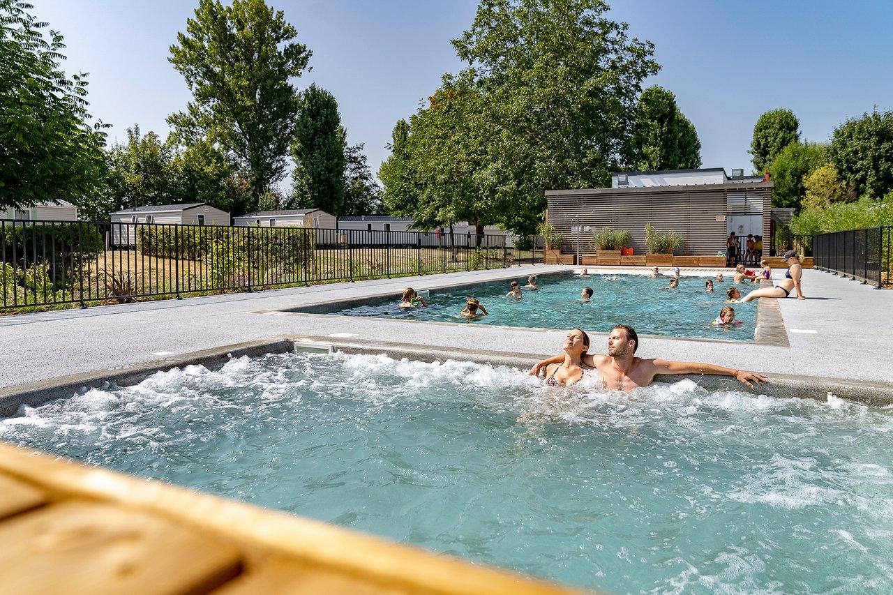 Campsite Sandaya Paris Maisons Laffitte $67 ($̶9̶9̶ ... concernant Piscine Le Pecq