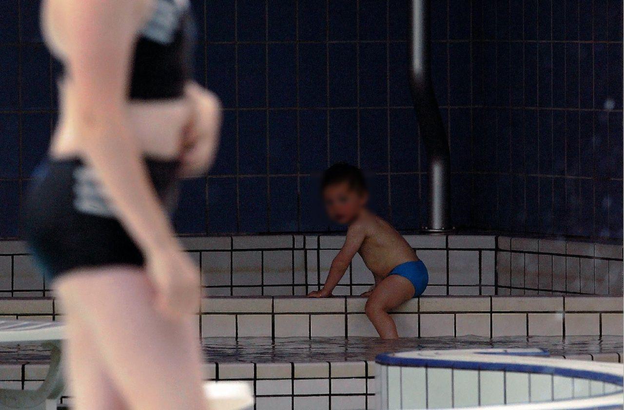 Carcassone : Neuf Enfants Intoxiqués Par Du Chlore À La ... concernant Piscine Grazailles