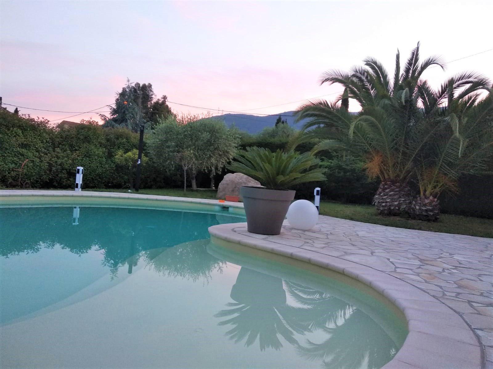 Carros Les Plans (06510) - Villa Individuelle - Piscine encequiconcerne Piscine Carros