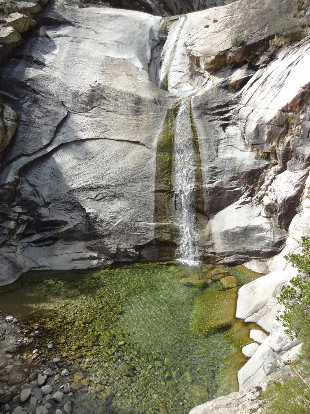Cascades De Bavella En Corse • Le Blog Cash Pistache avec Piscine Naturelle D Eau Chaude Corse Du Sud