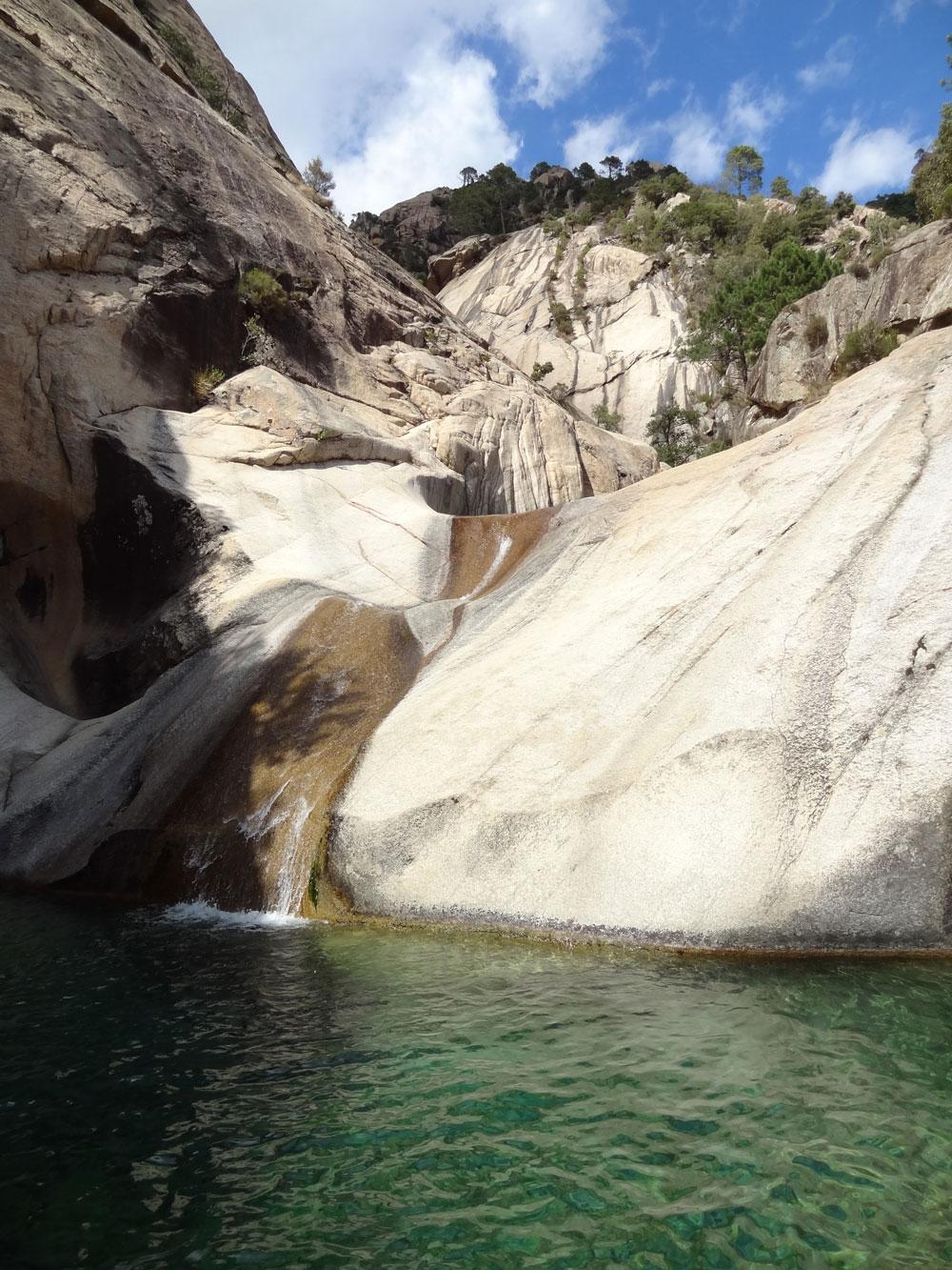 Cascades De Bavella En Corse • Le Blog Cash Pistache dedans Piscine Naturelle D Eau Chaude Corse Du Sud