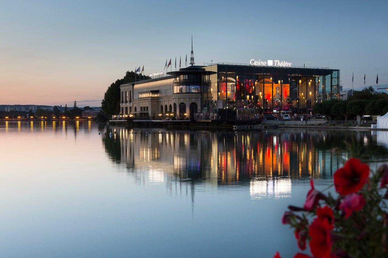 Casino Barrière (Enghien-Les-Bains) : 2020 Ce Qu'il Faut ... avec Piscine Enghien Les Bains