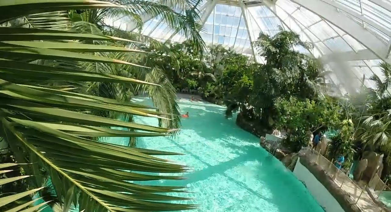 Center Parcs Bois Francs Normandy - Hotelroomsearch intérieur Piscine Center Parc