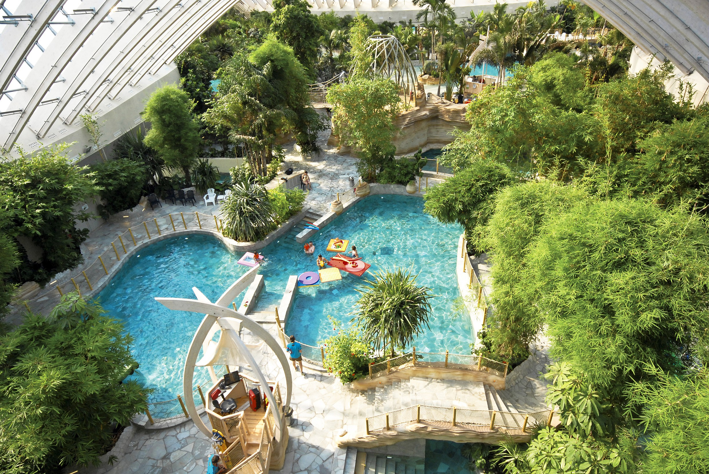 Center Parcs : Quel Village Choisir ? tout Center Parc Piscine