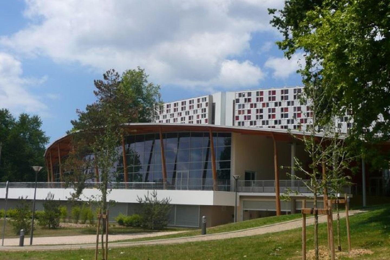 Centre Aquatique à Centre Aquatique Des Hauts De Bayonne Piscine Bayonne