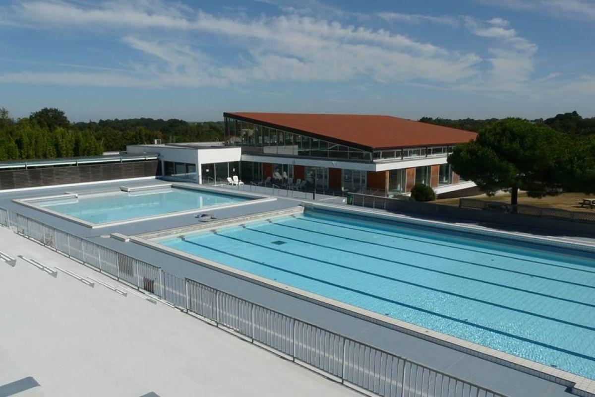 Centre Aquatique Aqua'val - Piscine À Clisson - Horaires ... intérieur Piscine Bourges Horaires